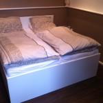 Ehebett mit großer Schublade