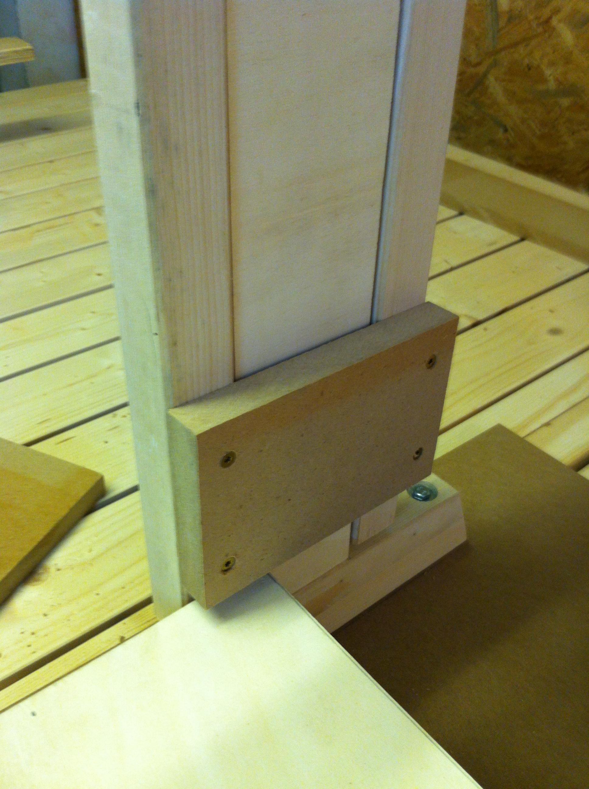 kinderschreibtisch h henverstellbar selber bauen. Black Bedroom Furniture Sets. Home Design Ideas