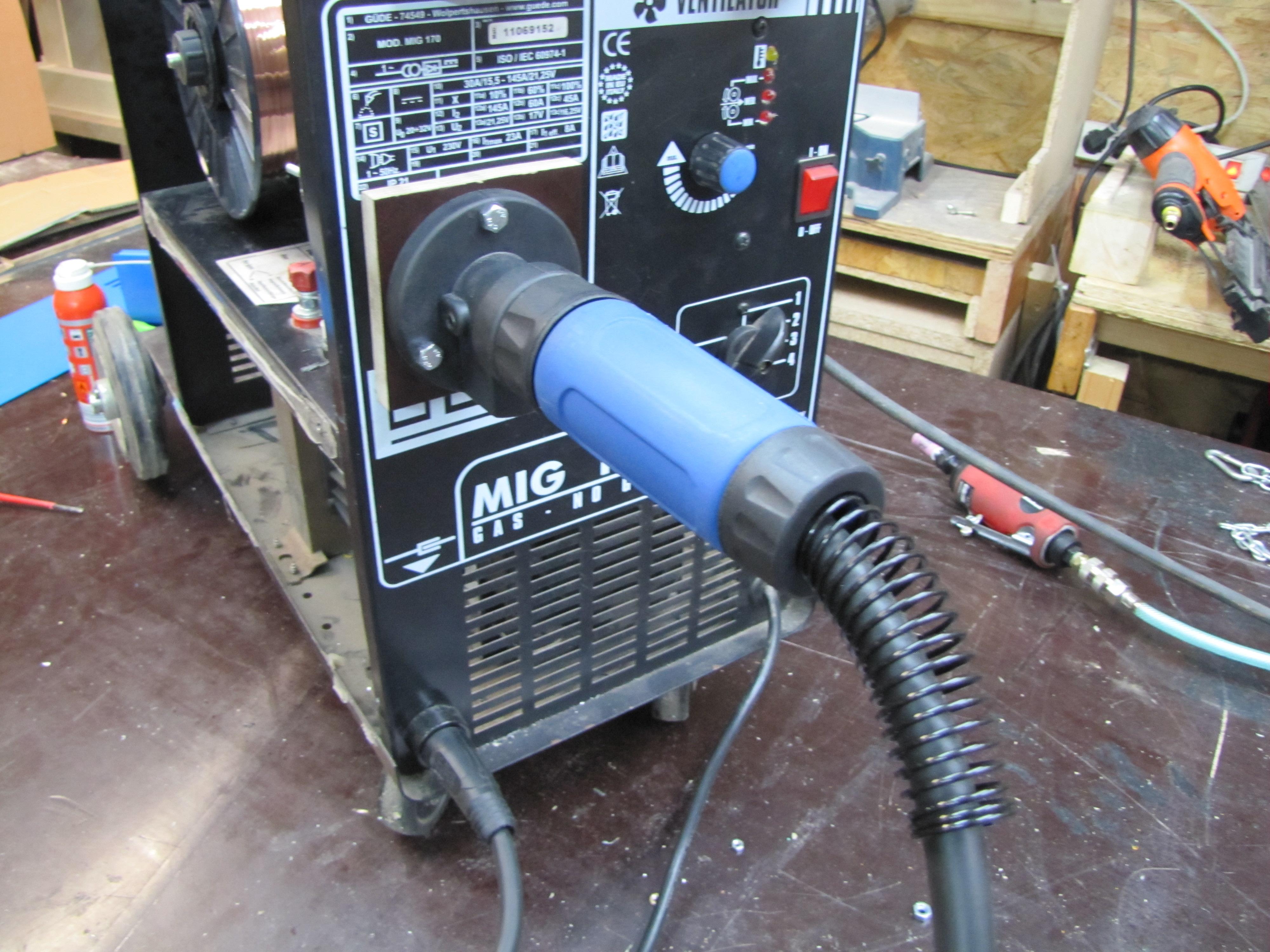 Zentralanschluss-Umbau Set MIG//MAG Schweißgeräte Euro anschluss Zentraladapter